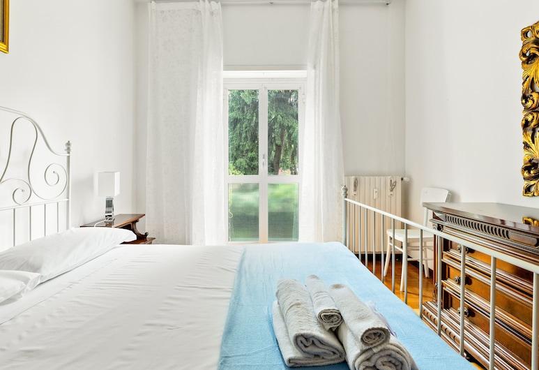 Bright Flat With Shared Garden, Milano, Appartamento, 1 camera da letto, Camera