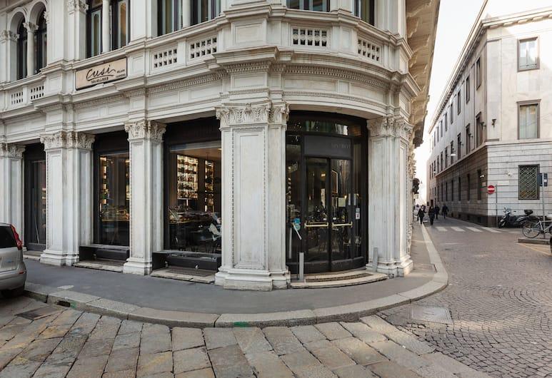 Luxury & Liberty Duomo Apartment, Milan, Bagian luar