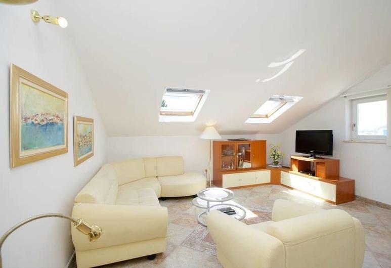 LCT Bacvice Bay Apartment, Split, Apartment, Terrasse, Wohnbereich