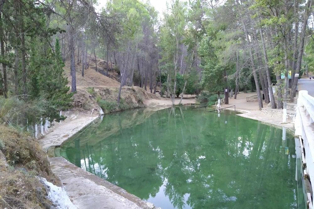 Nhà tắm công cộng