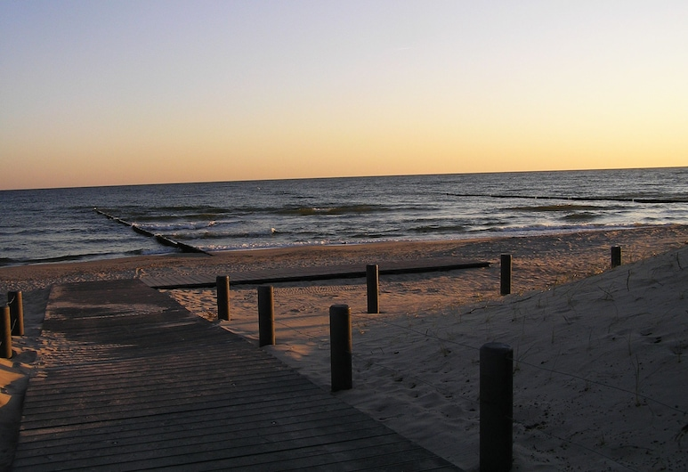 Pension Dünenhaus, Zempin, Beach
