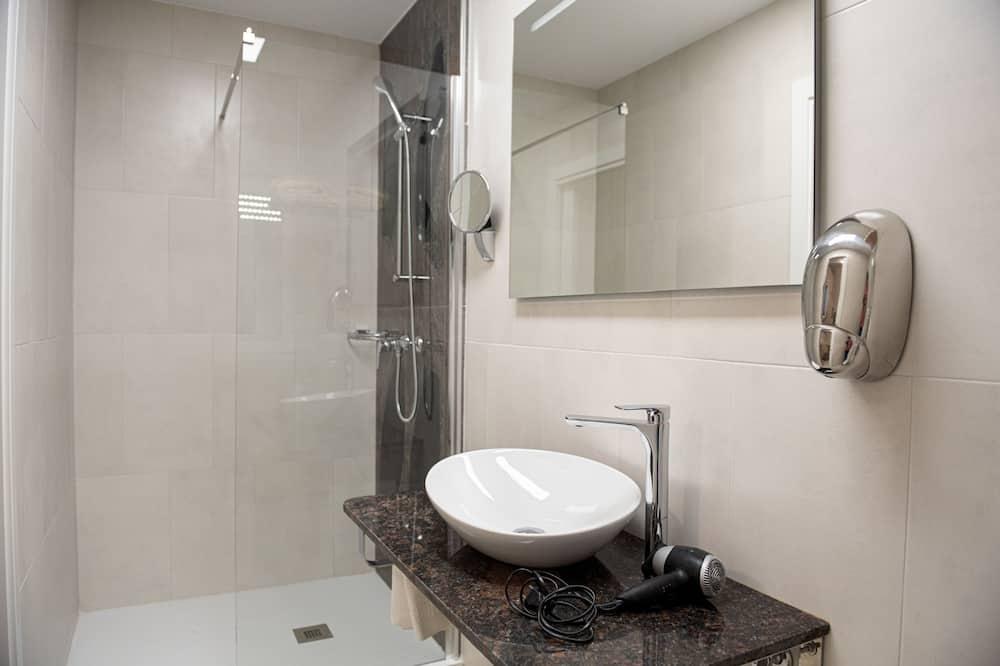 Luxusní pokoj s dvojlůžkem - Koupelna