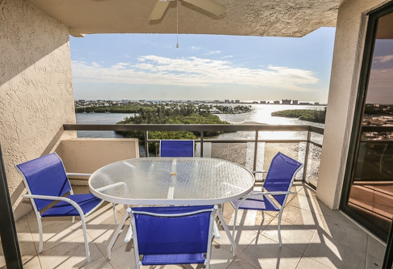 Boardwalk Caper PH4 1104, Fort Myers Beach, Condo, 3 Bedrooms, Balcony