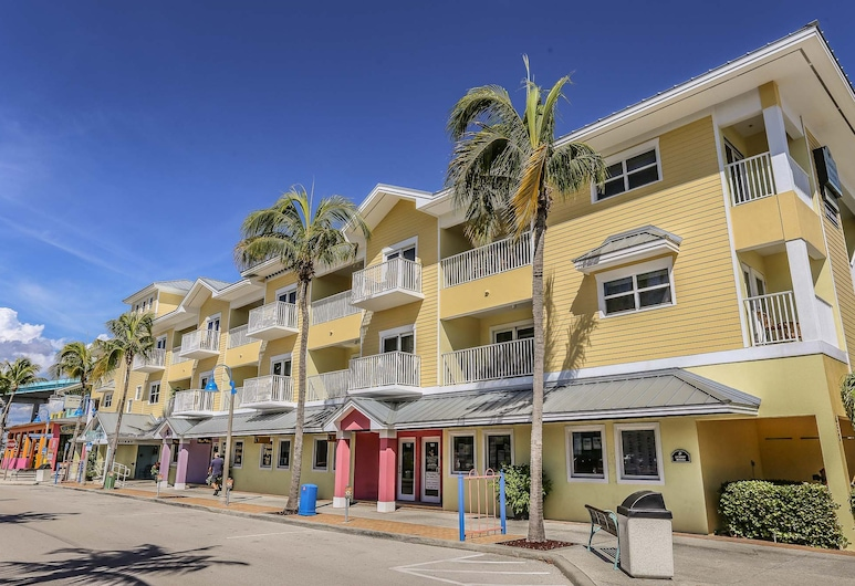Harbor House 202, Fort Myers Beach