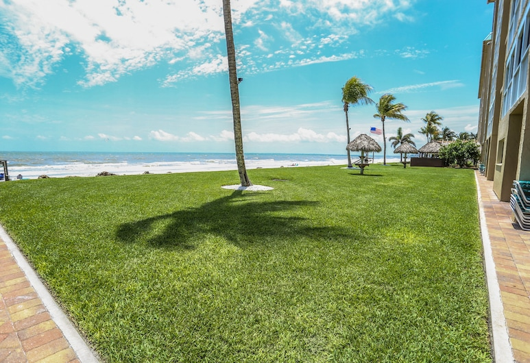 Smugglers Cove 5A6, Fort Myers Beach, Condo, 2 Bedrooms, Beach