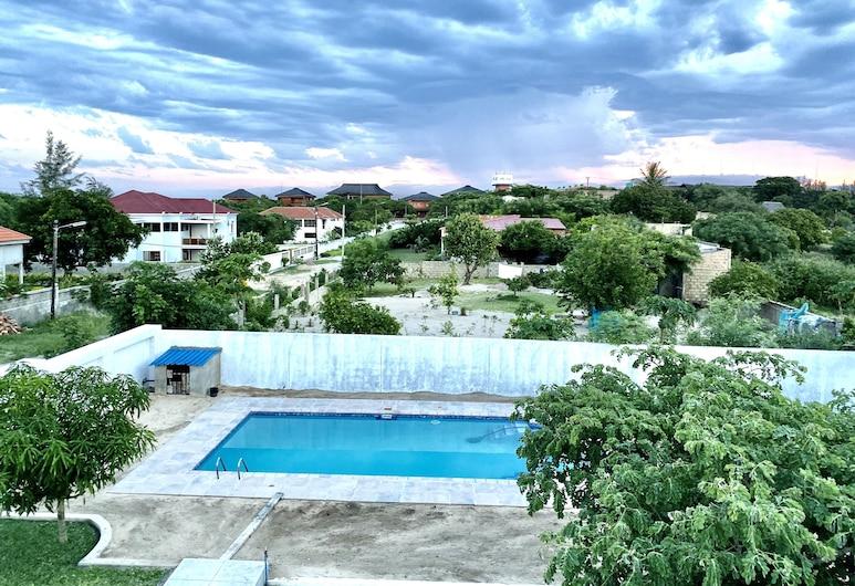 Villa Tsakalo, Praia do Bilene, Z zewnątrz