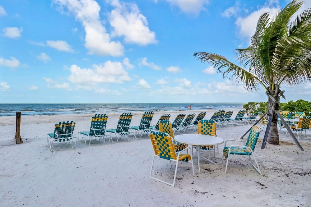 Кондо (Bahama Beach Club #11) - Пляж