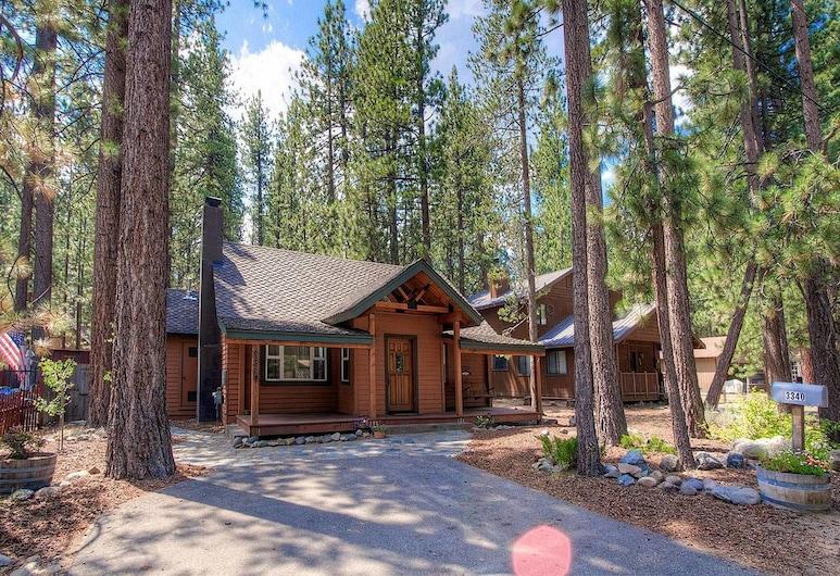 Breezy Pines Cabin, South Lake Tahoe