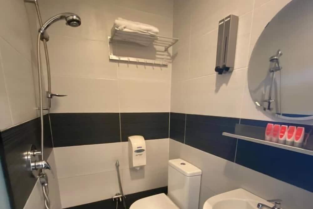ห้องดีลักซ์ทริปเปิล - ห้องน้ำ