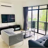 Apartment, 3 Bedrooms (Raya 2) - Living Room