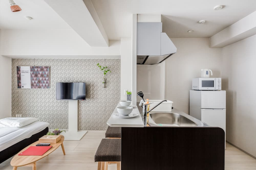 Deluxe Twin  Room Type B - Living Area