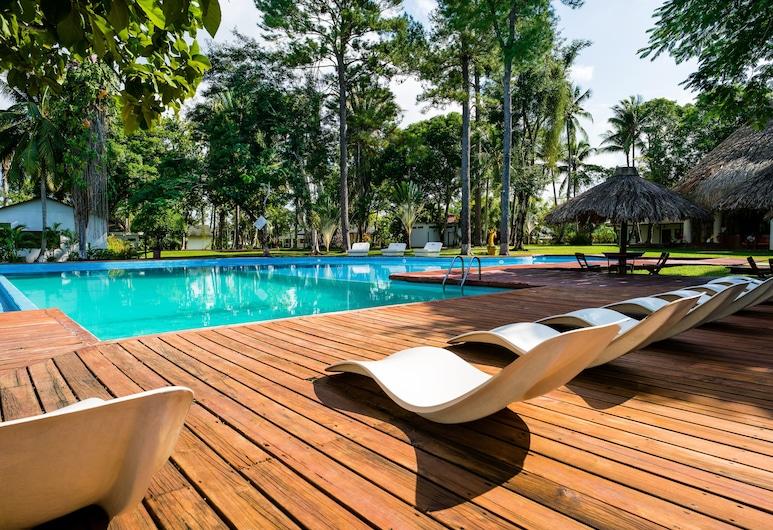 里約杜爾塞娜娜胡安娜酒店, 李文斯頓, 室外泳池