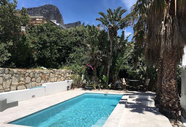 CBay58, Cape Town, Garden