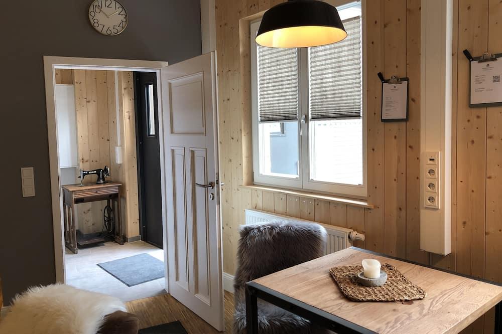 Comfort Studio, 1 Bedroom - In-Room Dining