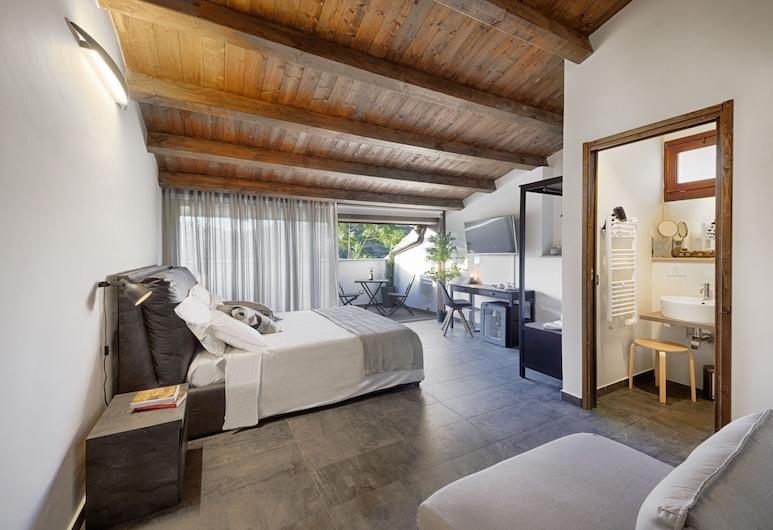 Centosedici Rooms, Ragusa, Junior suite, terras, Binnenkant hotel