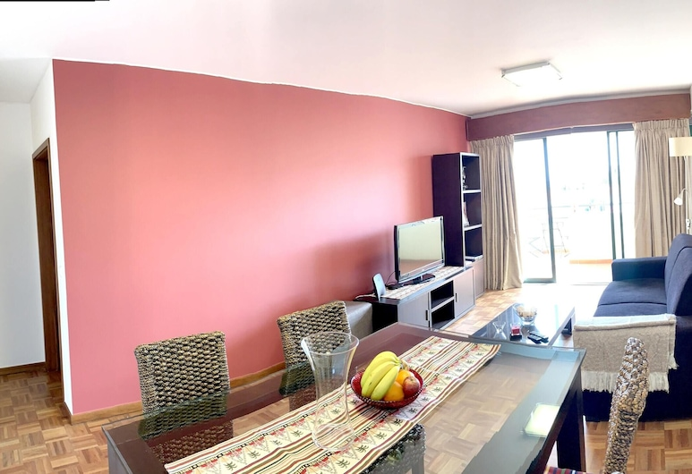 Apartment With one Bedroom in Funchal, With Wonderful City View, Furnished Terrace and Wifi - 7 km From the Beach, Фуншал