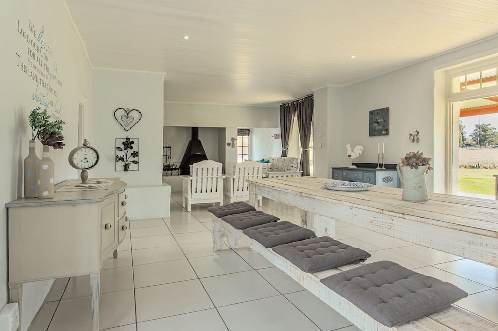 Classic House, 1 Bedroom - Living Area