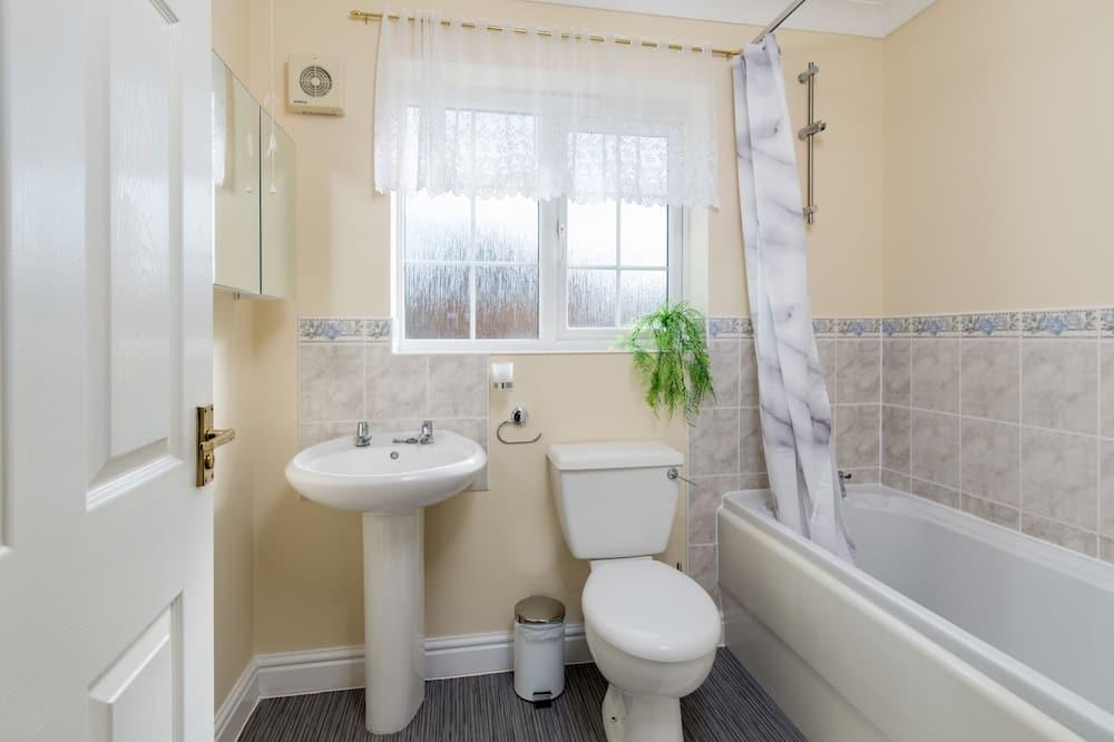 Business House, Private Bathroom, Garden View (Pilgrim Holiday Home) - Bathroom