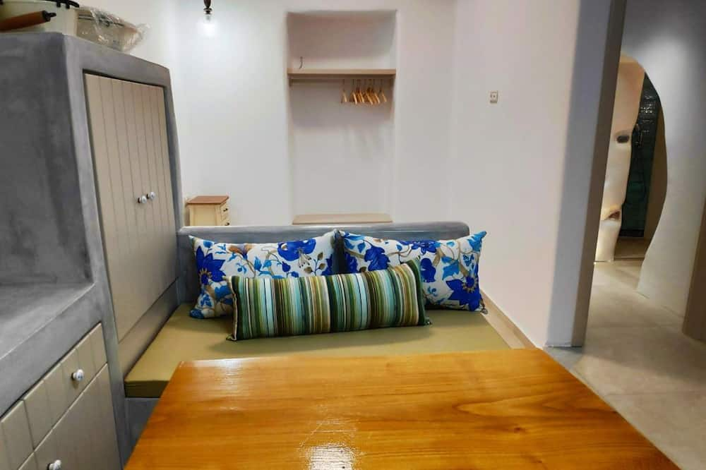 Апартаменты «Делюкс», 2 спальни, вид на море - Обед в номере
