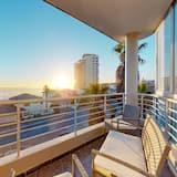 Classic Apartment, 2 Bedrooms - Balcony