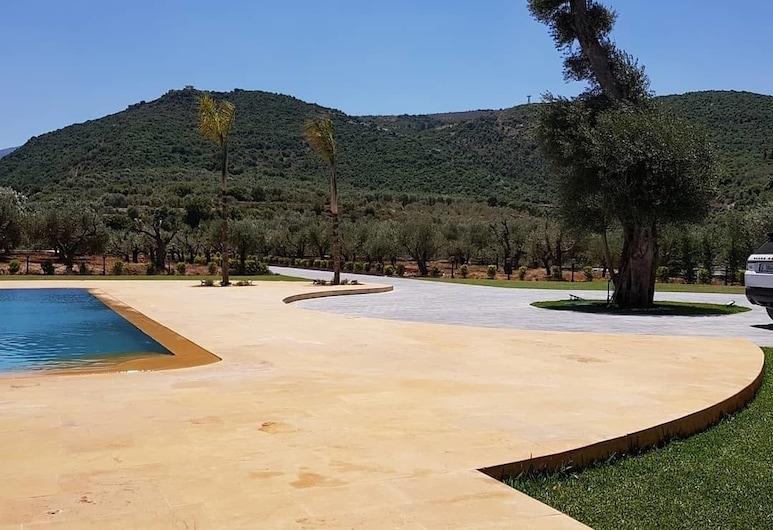 西維佐爾酒店, Kaftoun, 庭園