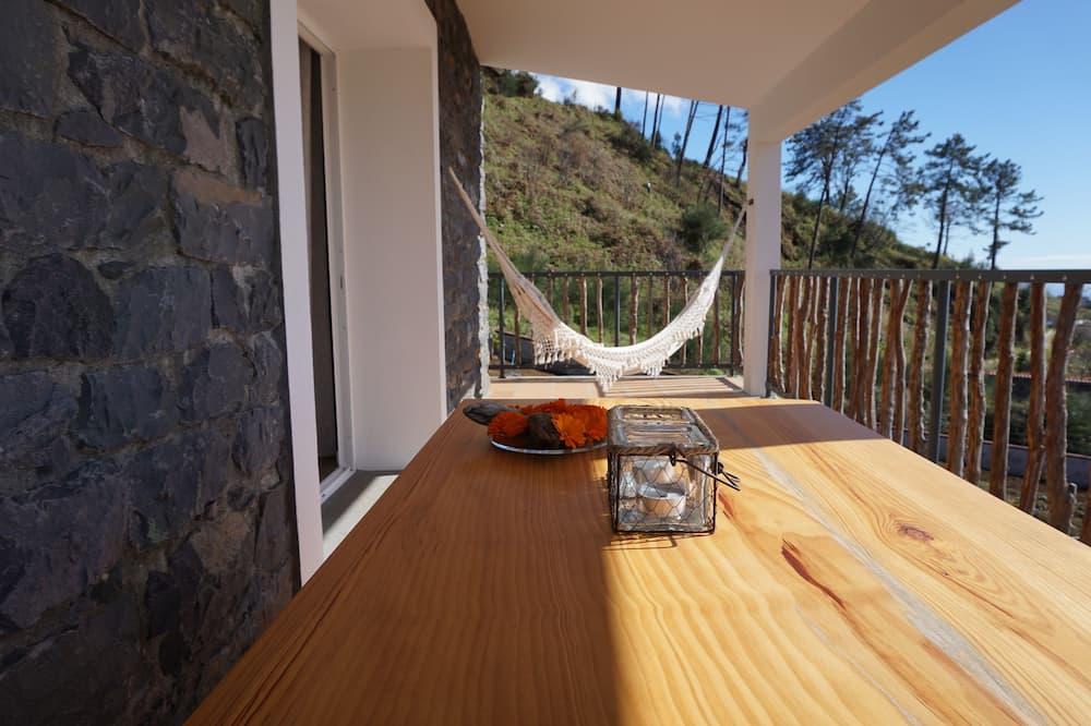 Apartemen, 1 kamar tidur, balkon, pemandangan samudra - Balkon