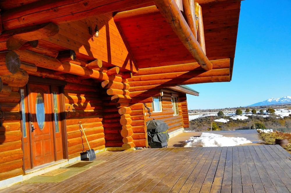 Namiņš (Stunning Log Cabin with Fantastic Vie) - Balkons