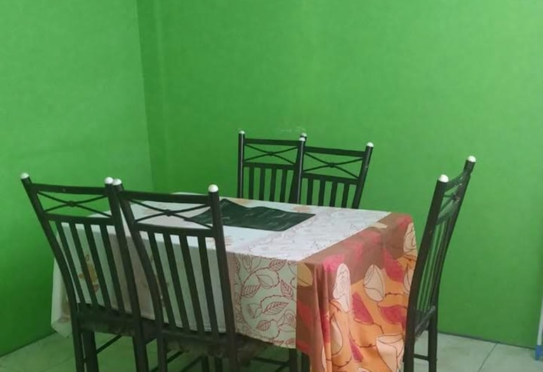 Village No Thrill 2 Bed, Gros Islet, Apartment, 2 Bedrooms, In-Room Dining