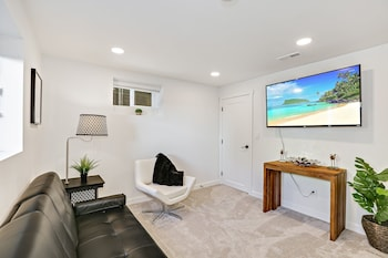 Picture of Lower Floor Suite in Central Ballard, - Near Beach & Minutes to City Center in Seattle