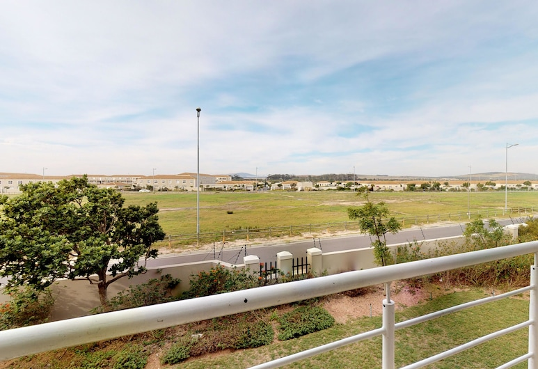 Manatoka Coastal Condo, Cape Town