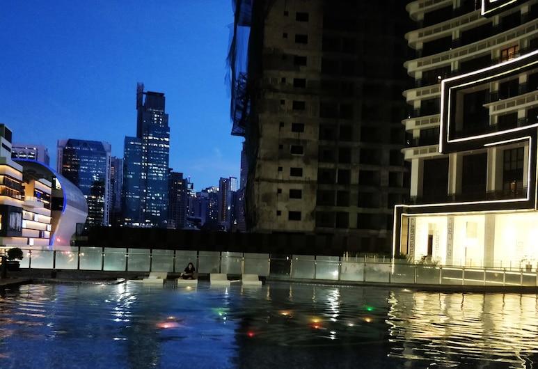 Gotophi at Knightsbridge Residences, Makati, Outdoor Pool