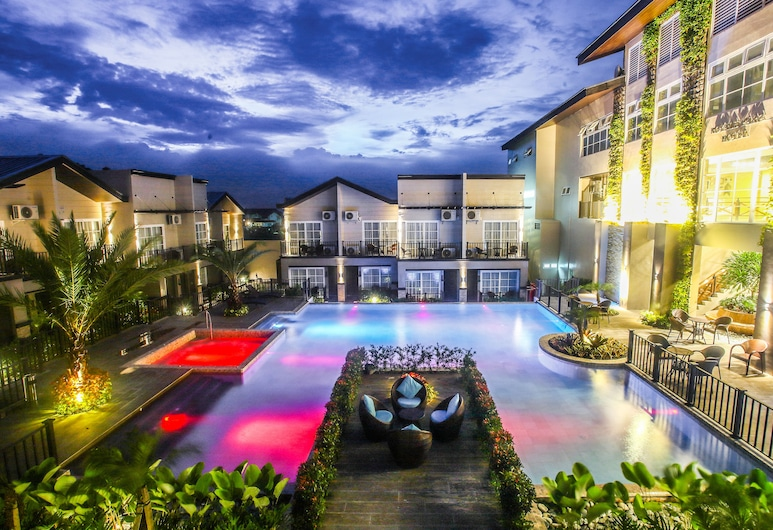 Royale Parc Hotel Tagaytay, Tagaytay, Kolam Renang Luar Ruangan