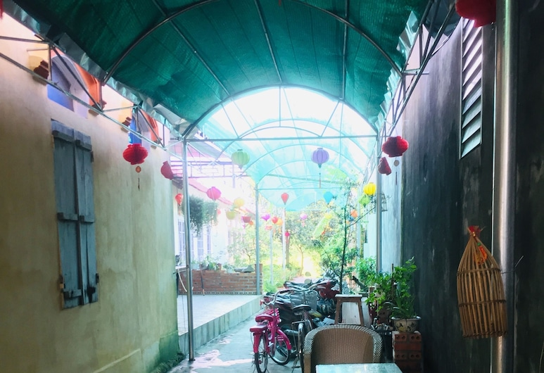 寧平村 1990 家庭旅館, Hoa Lu, 露台