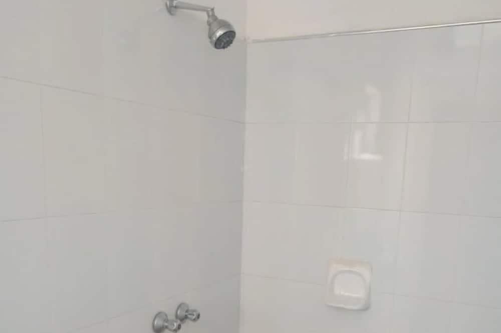 Standardní pokoj se dvěma jednolůžky - Sprcha