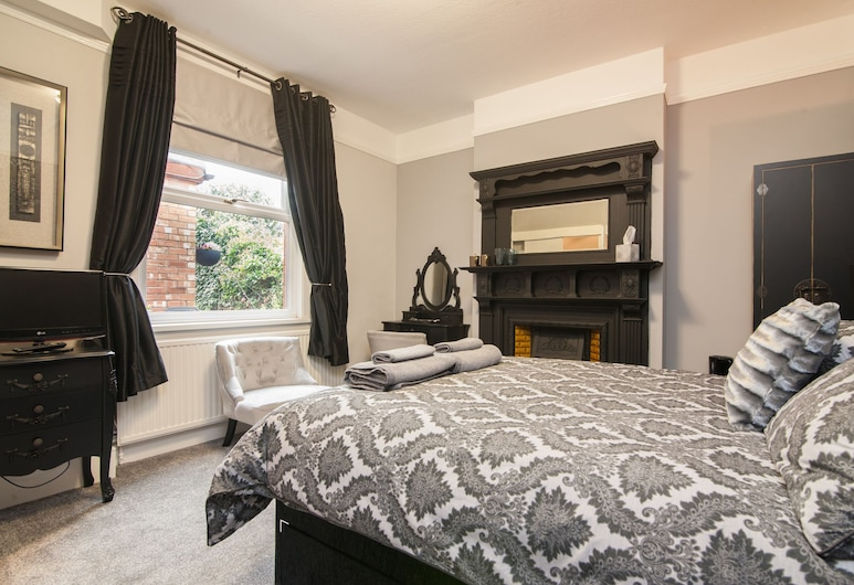 Clayton Guest House, Stratford-upon-Avon, Double Room, Ensuite (1), Guest Room