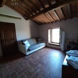 Apartment, 1 Bedroom (Granaio) - Living Area