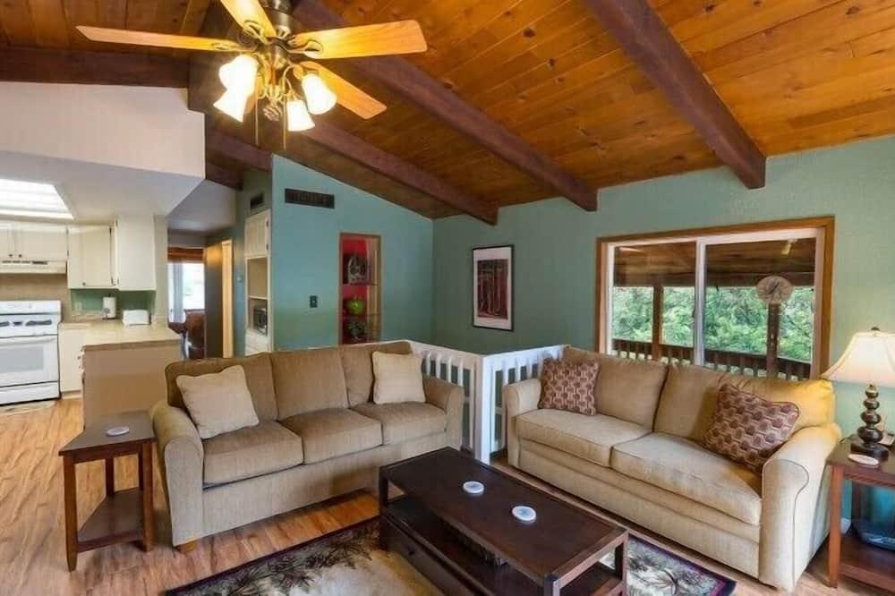 Namiņš - Dzīvojamā istaba