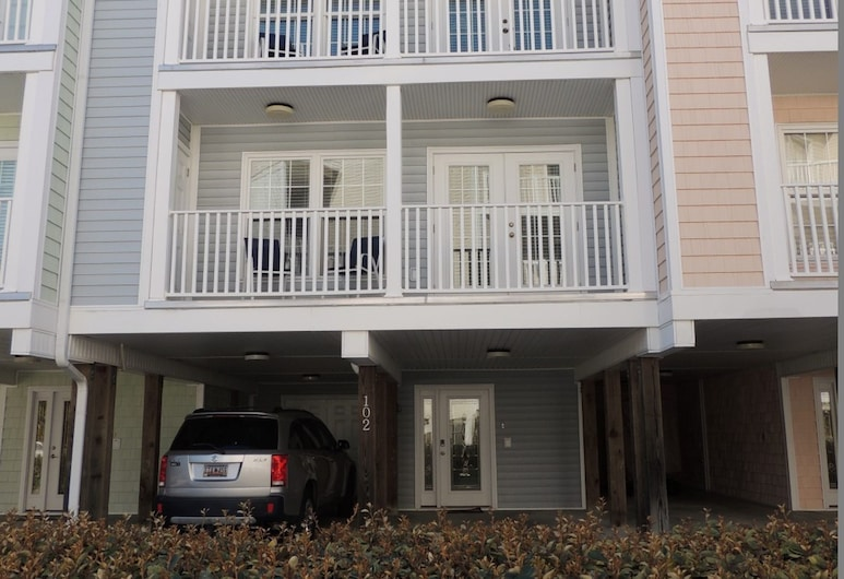 Charleston Village #102, North Myrtle Beach