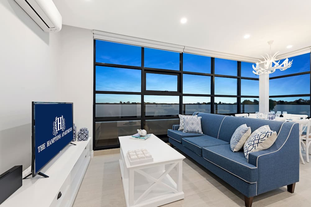 Two Bedroom Premier - Woonruimte