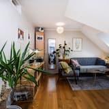 Căn hộ tiện nghi đơn giản, 3 phòng ngủ - Khu phòng khách