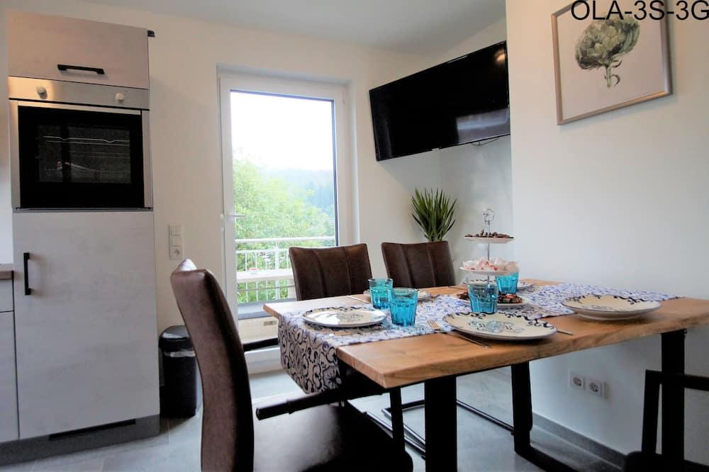 Departamento Confort, 2 habitaciones, vista a la ciudad (incl. 80 EUR cleaning Fee, 3S) - Servicio de comidas en la habitación