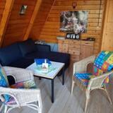 Basic Cabin, 2 Bedrooms, Non Smoking, Beachfront - Living Area