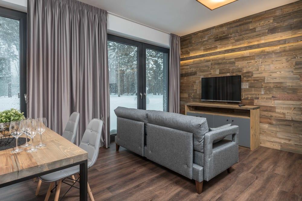 Suite, 1 Bedroom, Patio, Garden View - Living Area