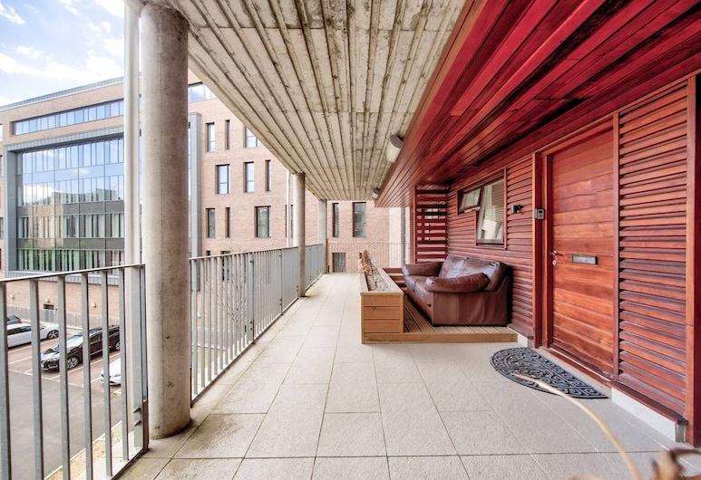 Bright, Modern 1 Bed in Melvin Walk, Edinburgh, Balkon