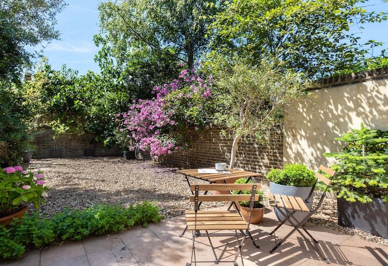 拉蒂默路度假酒店 - 現代 4 房之家附花園, 倫敦, 花園