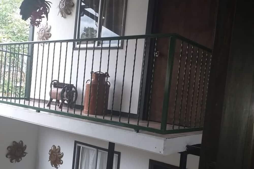 Kamar Quadruple - Balkon