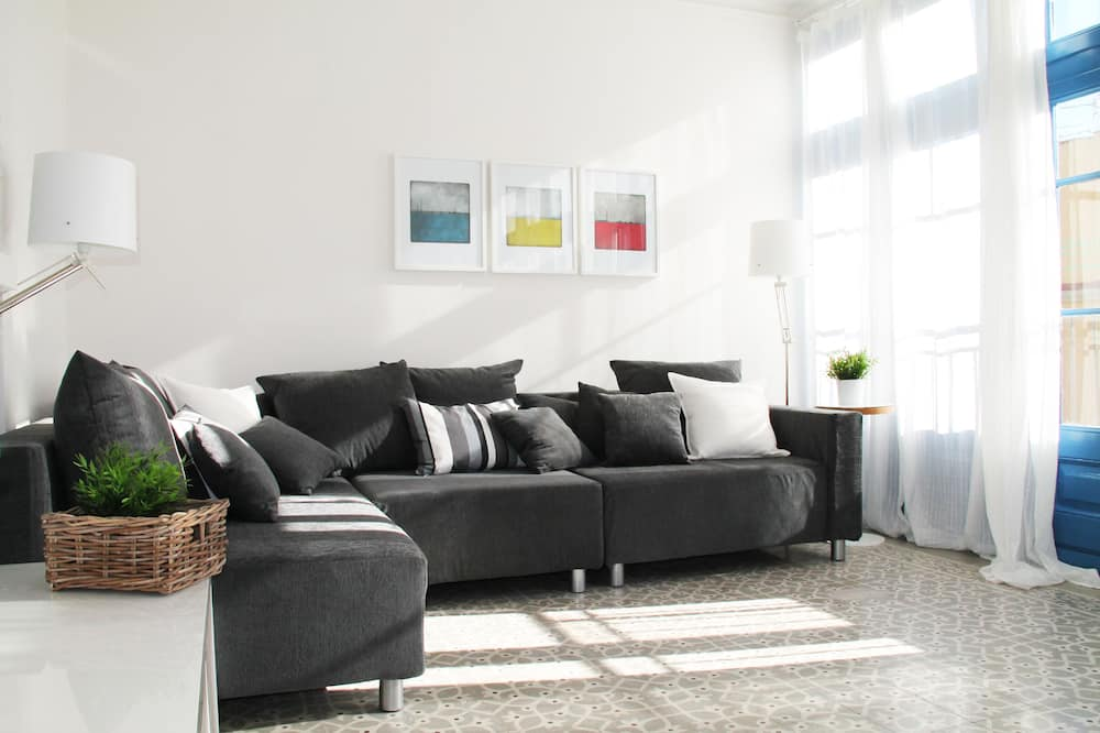 Apartment, 4 Bedrooms (Ronda3) - Living Room