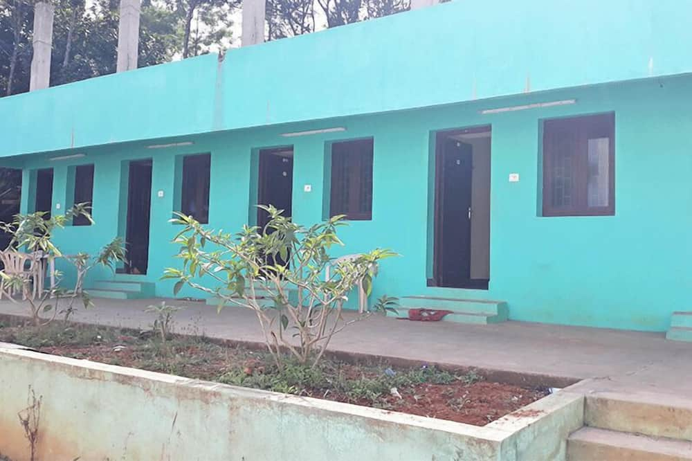 Pepy Madhu Resort