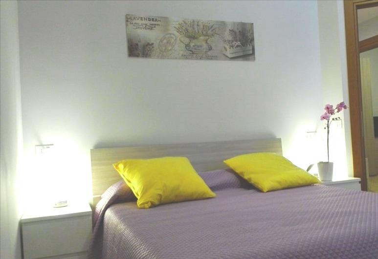 Maria Dream Rooms, Rome, Klassieke tweepersoonskamer, 1 tweepersoonsbed, en-suite badkamer, Kamer