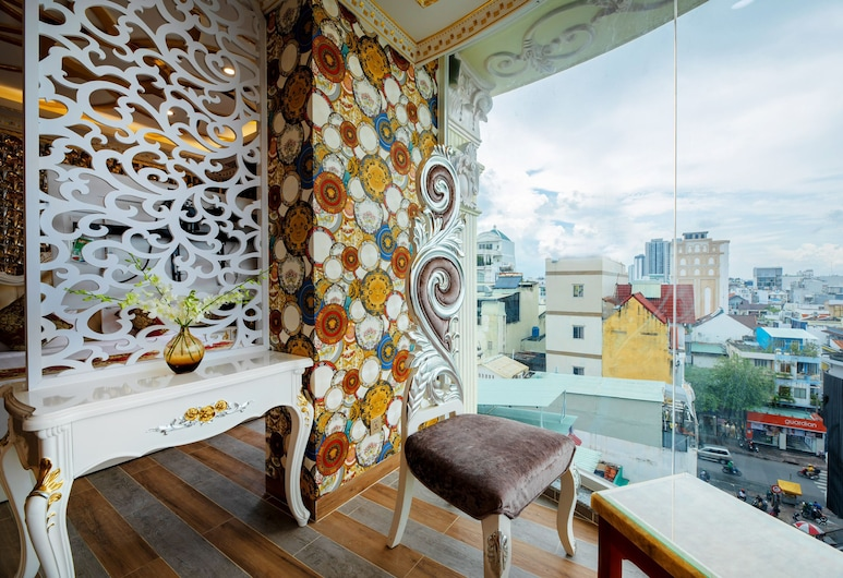 Lux Ubus Apartment, Ho Chi Minh City